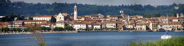 Észak-olasz tóvidék látnivalói: Arona a Lago Maggiore partján